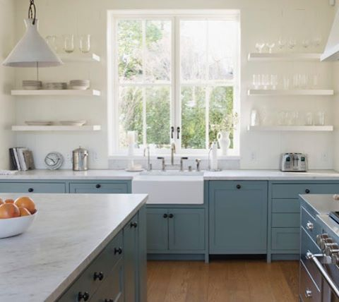 Go inside this light-filled kitchen to find out what's working and what's not, 6-mos. post remodel. Design by Ken Lindsteadt. Andres Gonzalez. #rmkitchen