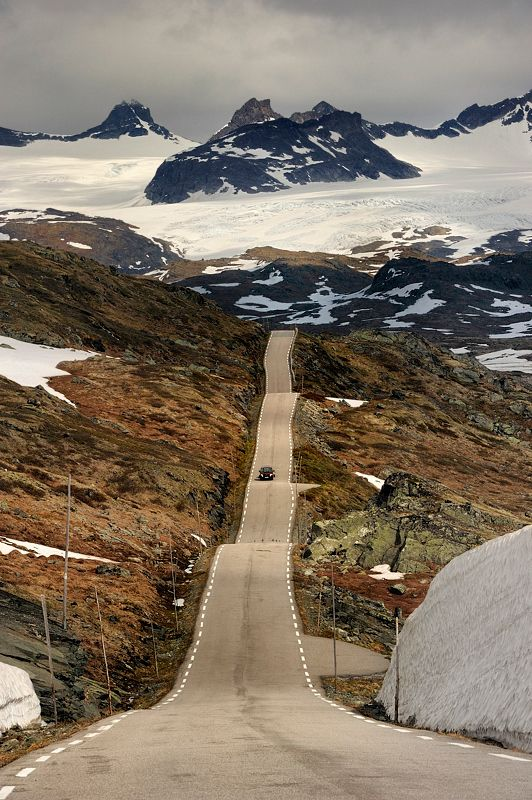 The Road - Norway by Pawel Kucharski