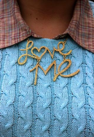 Love Me Gold necklace