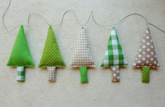 Kerstversiering, Stoffen Kerstbomen Slinger in groen, wit en ecru