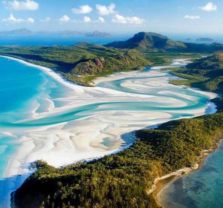 Whitehaven Beach, Whitsunday Islands.