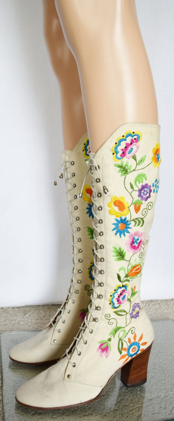 Reserved - SoLd - Vintage 1960's Jerry Edouard PeNNy LaNe ALmoSt Famous GO-GO Embroidered HiPPiE BoHo Women's BooTs Size 7 B