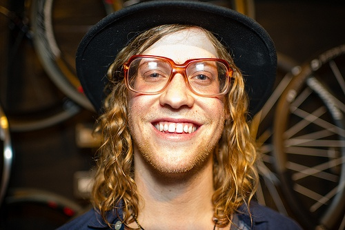 Allen Stone is amazing - this boy can sing...going to see him with Dave in the gorge Labor Day Weekend - check him out