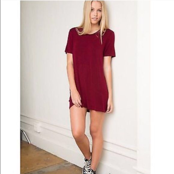 brandy melville tshirt dress maroon reposh. size one size fits all. maroon. adorable. me & precious owner both have never worn This! rare. Brandy  Brandy Melville Dresses