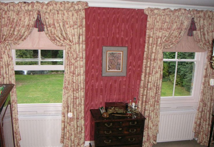 Classic Italian strung curtains on curved boards with puff ball heading Made by Teresa
