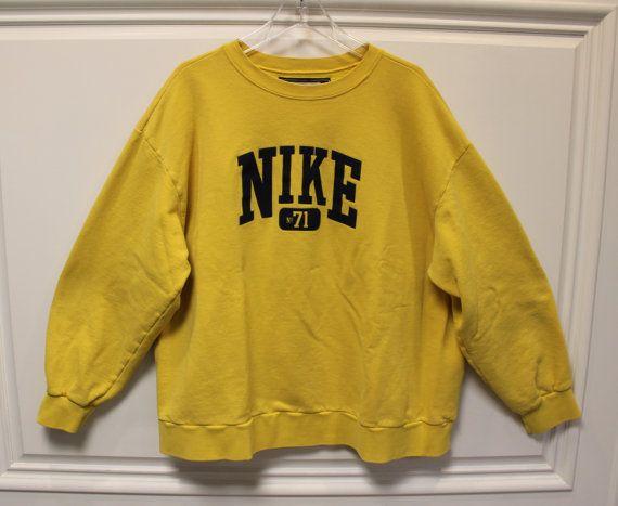 NIKE Vintage Sweatshirt Pullover Jumper by TheVintageGroundhog