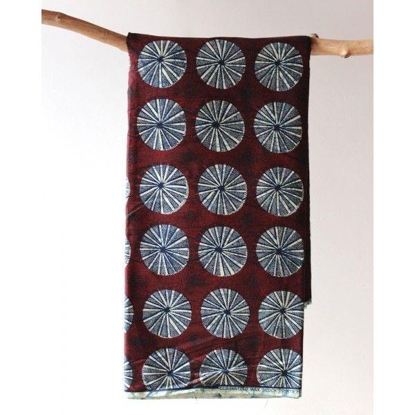 les 65 meilleures images propos de tissus wax motifs africain sur pinterest barboteuse. Black Bedroom Furniture Sets. Home Design Ideas