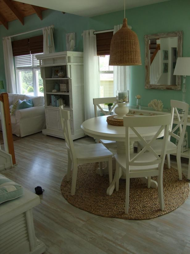 """Woven accessories and repeating organic fibers.  From HGTV's """"Beach Chic Decorating Ideas:"""" http://www.hgtv.com/decorating/beach-chic-decorating-ideas/pictures/index.html"""