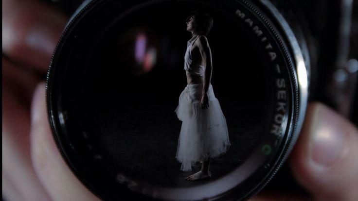La ballarina, a dance film by Brisa Luque y Carlota Grau