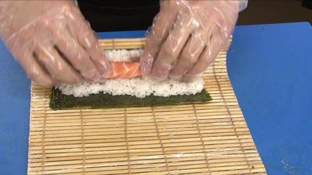 Video Especejament i elaboració del Sushi, así com les seves diverses formes de presentació  Video del despiece y elaboración del Sushi, así como las diferentes formas de presentación    Sony hvrZ5