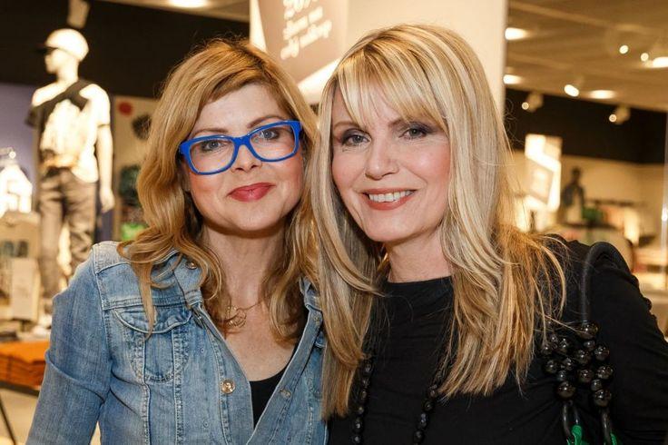 S bývalou kolegyňou Emmou Tekelyovou.