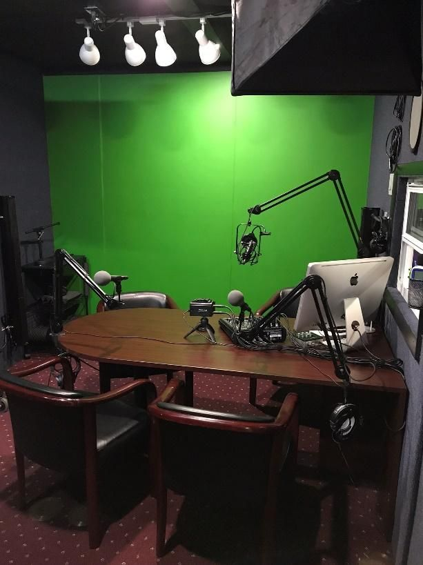 How To Build Your Own Podcast Studio On a Budget