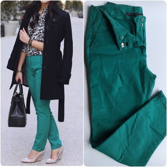 Zara Turquoise Trousers Perfect for spring! Paired with dark neutral accessories and it's the perfect outfit to don during the winter-spring transition.  Bundle 3 items and get 25% OFF. Offers welcome  Zara Pants Trousers