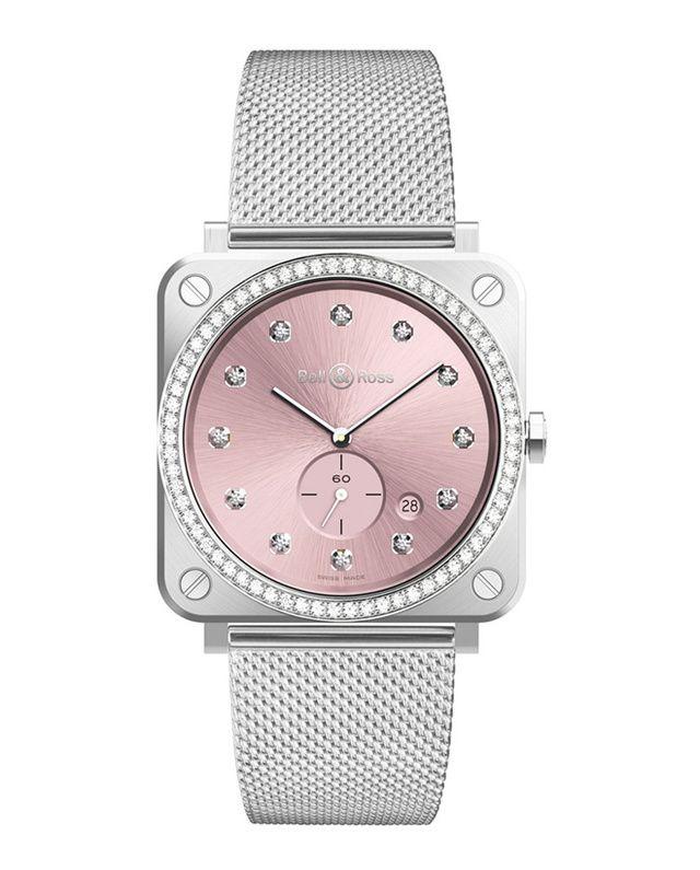 De la montre anniversaire Dior aux variations ultra-féminines de Chopard ou Chanel, pleins feux sur les premiers garde-temps découverts à Baselworld 2017, le plus grand salon de l'horlogerie au monde, qui se tient jusqu'au 30 mars prochain.