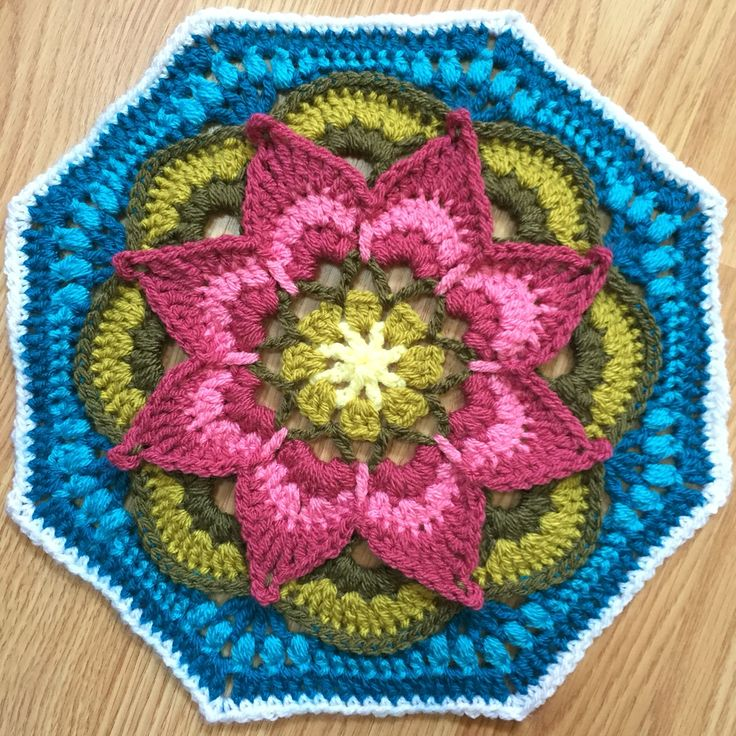 Crochet lotus moon tile