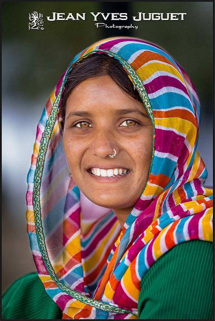 Rajuri, Teen Pushkar (Rajasthan - India) - Rajuri, Jeune Fille de Pushkar (Rajasthan - Inde)