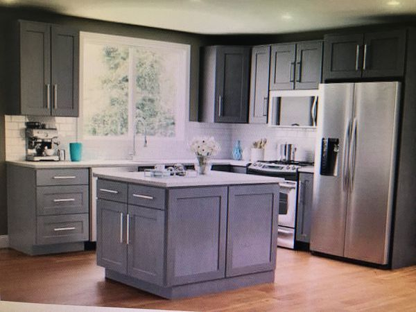 New Never Used All Wood All Soft Close 2000 Kitchen Cabinet Remodel White Kitchen Remodeling Kitchen Remodel Layout