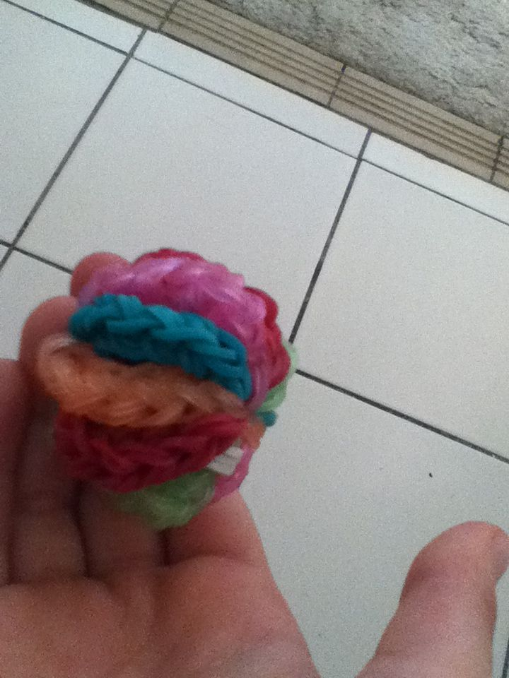 New 3d ball i made today out of loom bands