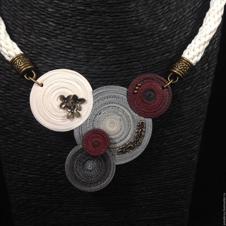 Купить Колье и кольцо из полимерной глины - серый, белый, кулон, колье, кольцо, колье и кольцо