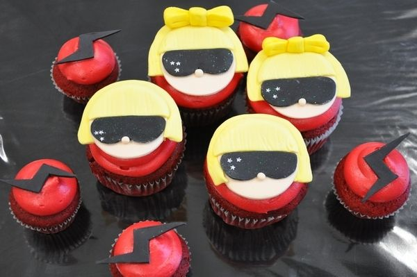 lady gaga inspired cupcakes in honor of her bday