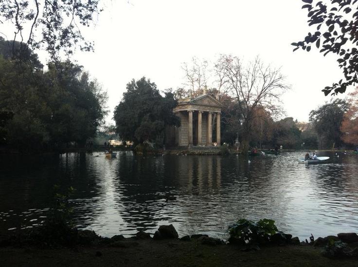 Roma giardino del Lago villa Borghese