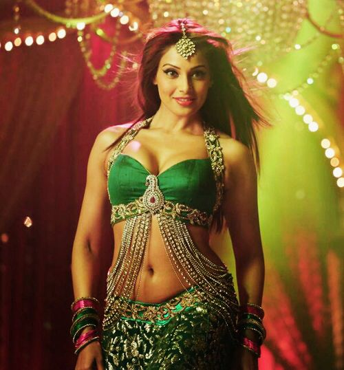 17 Best Images About Bipasha On Pinterest  Maxim -7706