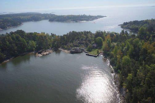 20 minuutin päässä Helsingin Kauppatorista on upea, aiemmin siviileiltä salattu saari.