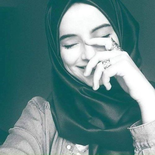 beautiful and hijab resmi