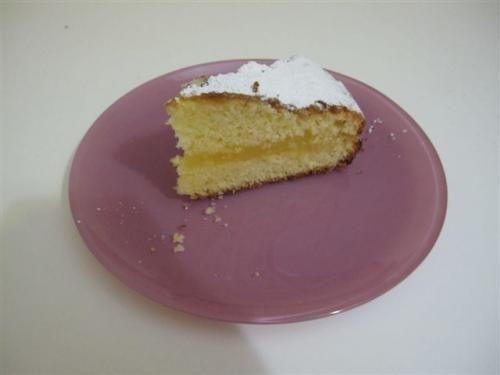 Torta al limone, scopri la ricetta: http://www.misya.info/2009/11/10/torta-al-limone.htm