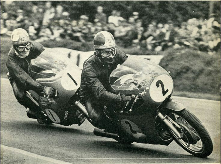 Clasp Garage: Corner action. Giacomo Agostini & Mike Hailwood