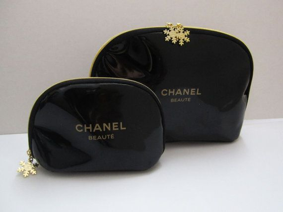 chanel beaute snowflake black zipper cosmetic bag chanel