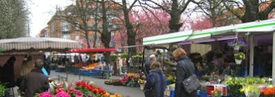 Markets in Brussels Marchés à Bruxelles: Schaerbeek. This is the most thorough market listing I have found. Can find a market every singled day of the week!