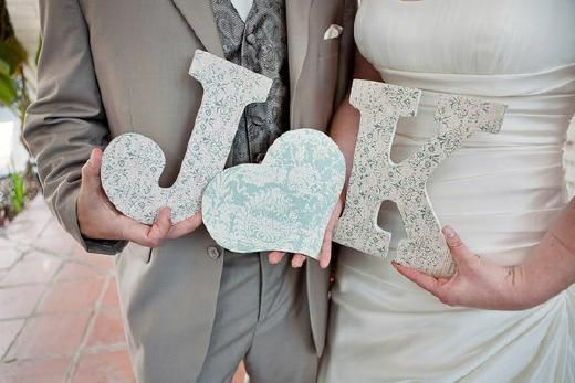DIY: zeg het met letters! - Pinterested @ http://wedspiration.com.