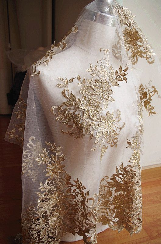 metallic Gold lace fabric with 3D flowers 3D floral lace with