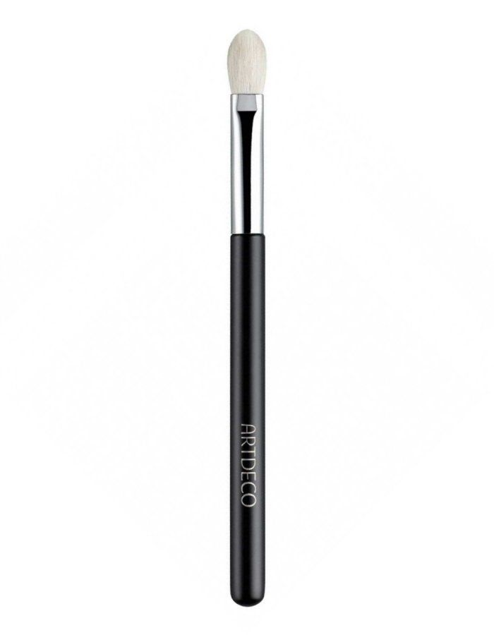 ArtDeco Eyeshadow Blending Brush Premium Quality The eyeshadow blending brush makes blending of different colors easy and quick. The amazingly soft brush made with premium goat hair facilitates the application of any eyeshadow. Due to its tapered sh http://www.MightGet.com/january-2017-11/artdeco-eyeshadow-blending-brush-premium-quality.asp