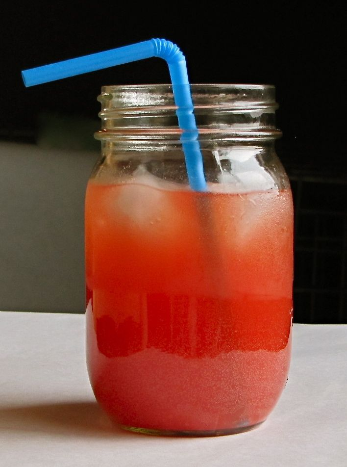Easy Party Punch  64 oz Hawaiian Punch, 12 oz frozen pineapple juice( juice not concentrate), 1 liter ginger ale...mix and serve.