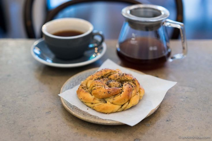 Discover a great place for coffee and croissant in Stockholm – Café Pascal. Go here to enjoy fika, sweet baked goods, and a cup of hand-brewed V60 coffee.