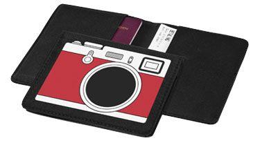 """#Cartera para pasaportes con icono """"Camera"""". #Regalos de empresa o #merchandising. Más información sobre el regalo en: http://www.regalodeempresagsr98.es/regalos-merchandising/bolsas-portafolios-viaje-119849/"""