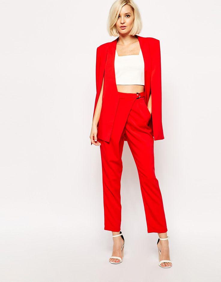 Lavish Alice κόκκινο σακάκι κάπα και κόκκινο παντελόνι