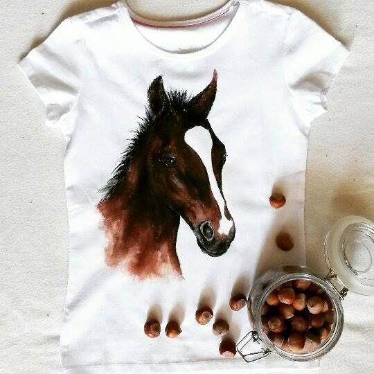 Koszulka ręcznie malowana z koniem, koń, hand-painted t'shirt horse