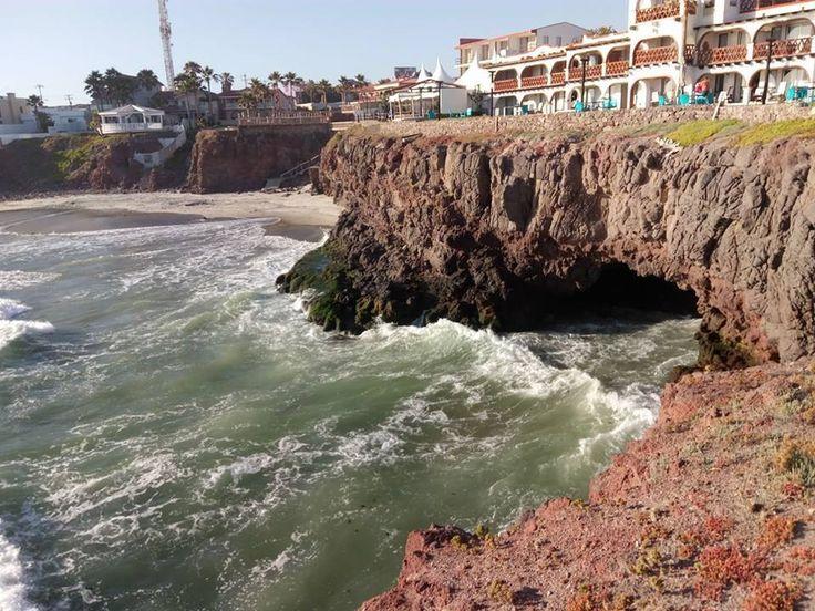 Esta increíble vista es la que puedes apreciar desde Hotel Castillos del Mar en Rosarito el lugar de tu siguiente descanso en la ciudad ¡Ven y conócelo! Descubre más visitando www.rosarito.org #Rosarito #BajaCalifornia #Hotel #Hoteles #Vista #Mar #sea #Mexico #BajaMexico #Turismo #Tourism #Summer #Verano