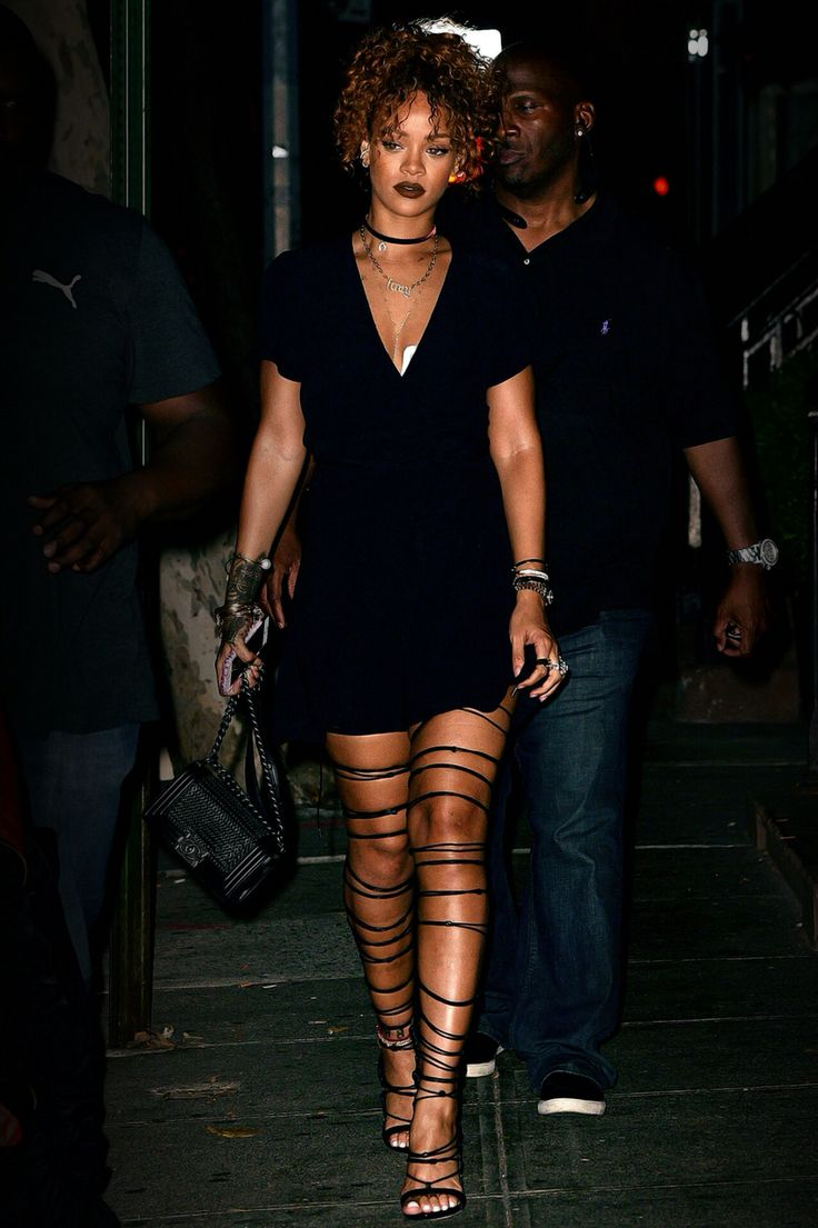 Rihanna Más