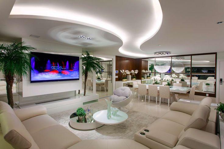 Busca imágenes de diseños de Salas de estilo moderno en blanco de Designer de Interiores e Paisagista Iara Kílaris. Encuentra las mejores fotos para inspirarte y crea tu hogar perfecto.