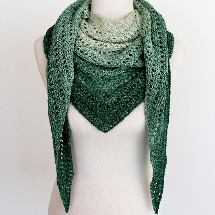 Kalari is a delightfully simple knit, perfect for cosying up by the fire and dreaming of warmer days, or sitting by the beach and drifting off in the sun. The result: a versatile shallow triangular shawl, the subtle textures are perfect for showing off a gradient yarn or your favourite solid/ variegated colour. Worked from the top-down, the repeats are easily memorised and this shawl is readily adapted by simply increasing or decreasing the number of repeats worked.YARN Fingering weight…