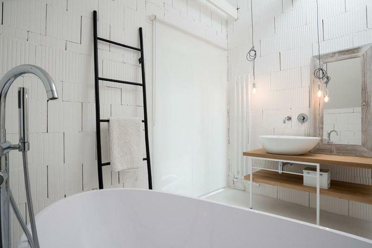 #piekniemieszkaj Surowa cegła w łazience!