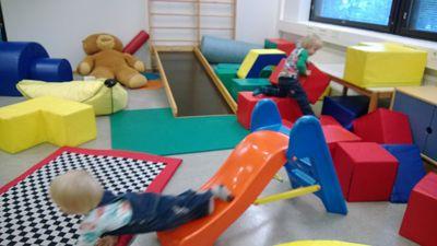 Jaatisen Maja on vammaisperheiden yhteinen olohuone ja kohtauspaikka.   Majalle on helppo tulla lasten kanssa –täällä voi olla kuin