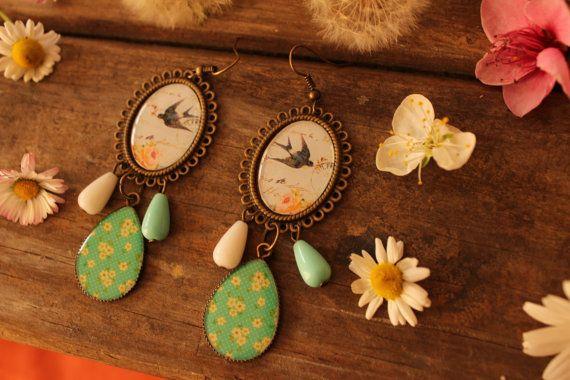 Guarda questo articolo nel mio negozio Etsy https://www.etsy.com/listing/273981836/shabby-chic-romantic-vintage-bird-and