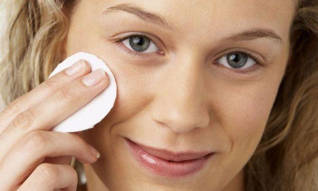 Отбеливание кожи вокруг глаз
