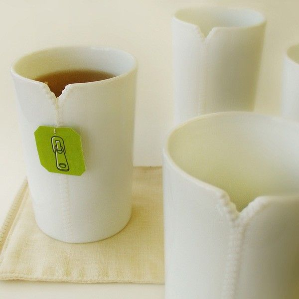 Tea cups with zippers