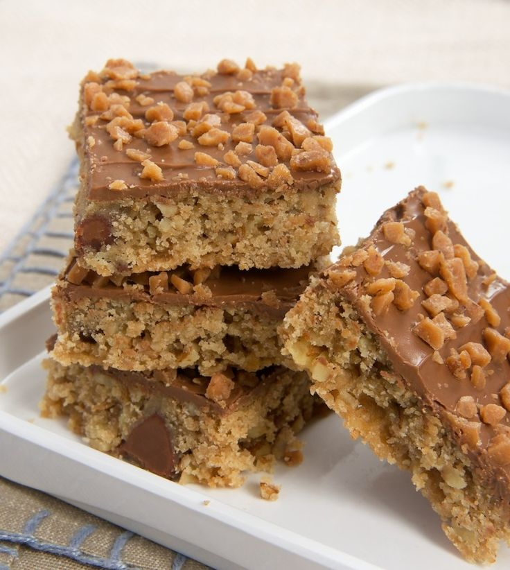 Chocolate Toffee Bars are so good and so simple to make. A favorite one-bowl dessert! - Bake or Break